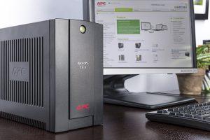 Unboxing UPS APC BX700UI 700 VA 390W and plug in